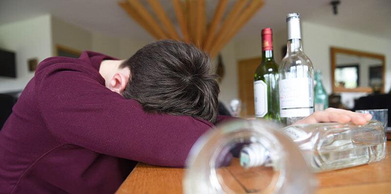 Алкогольная зависимость у подростков
